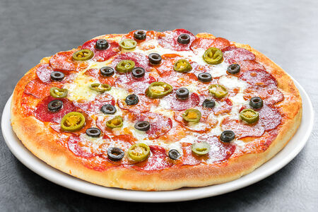 Пицца Американ Хот средняя