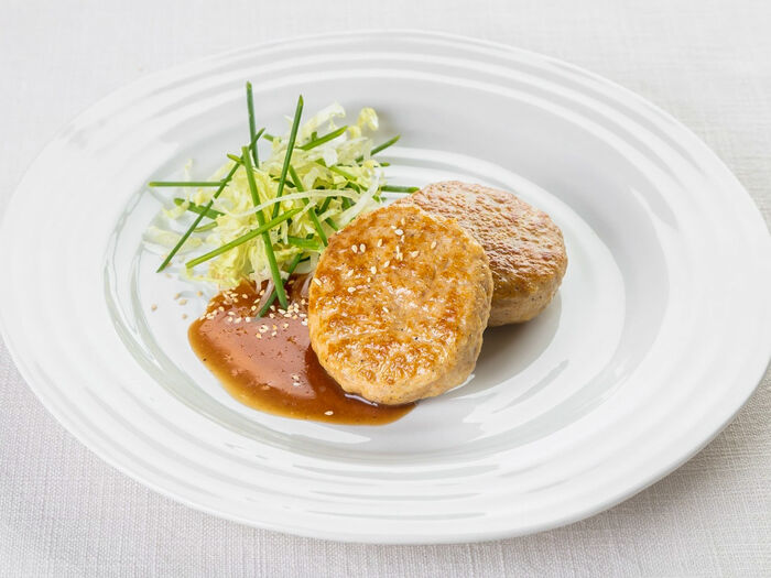 Куриные котлетки с куриным соусом