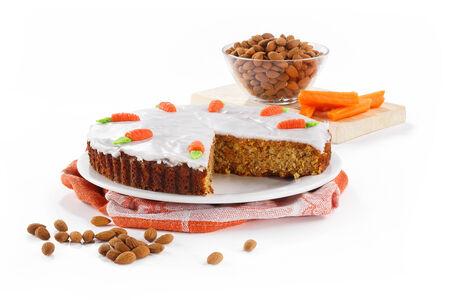 Пирог морковно-миндальный