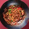Фото к позиции меню Жареная лапша Собо со свининой и овощами