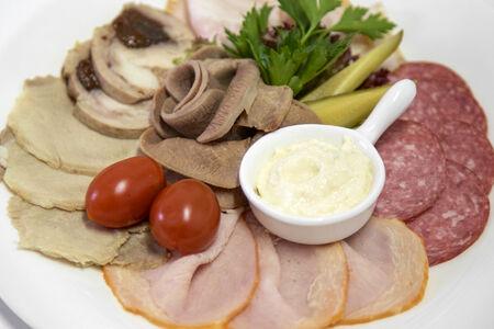 Мясные деликатесы по-русски