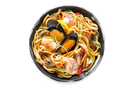 Удон с морепродуктами