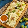 Фото к позиции меню Ассорти грузинских сыров