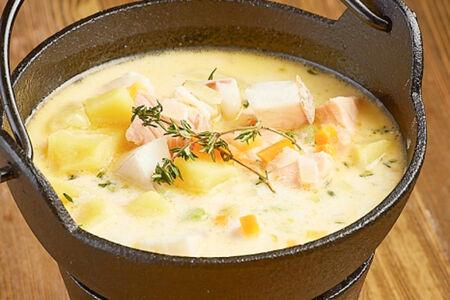 Сливочный суп с лососем и судаком