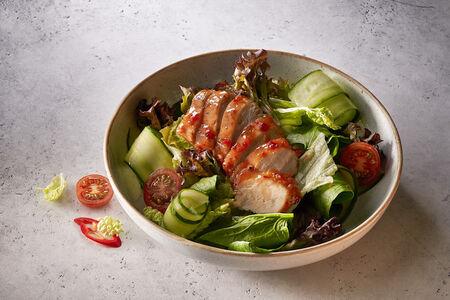 Фреш-салат с куриной грудкой
