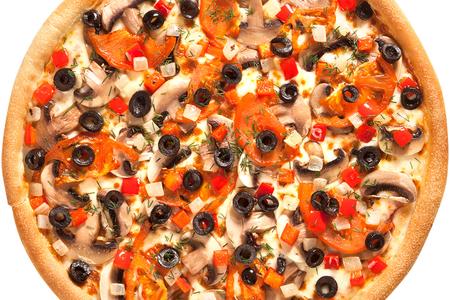 Пицца овощная на толстом тесте