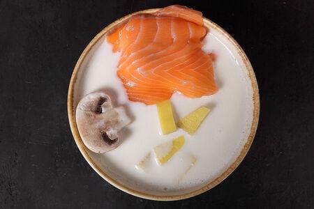 Сырный суп с лососем