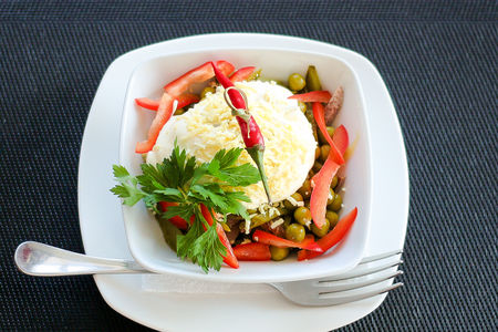 Салат мясной Пломбир