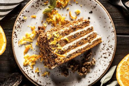 Морковный торт с кардамоном