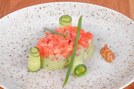Тартар из слабосоленого лосося