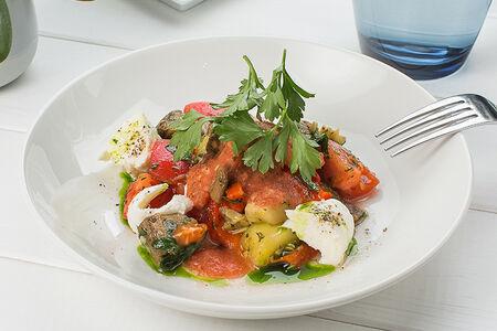Печеные овощи с моцареллой