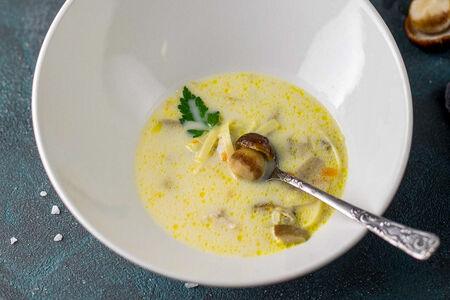 Суп с белыми грибами и домашней лапшой