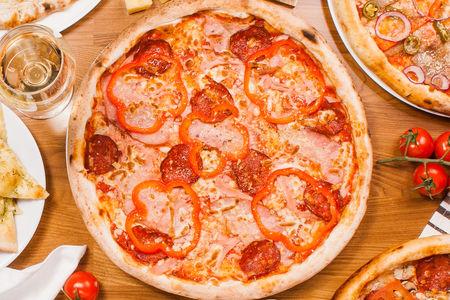 Пицца Сальсичон
