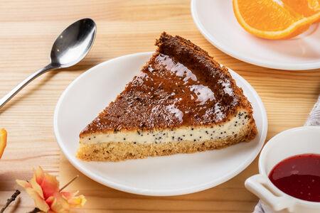 Пирог творожно-маковый