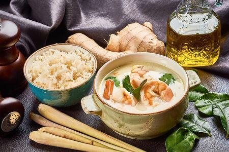 Суп Том-Кха Кунг