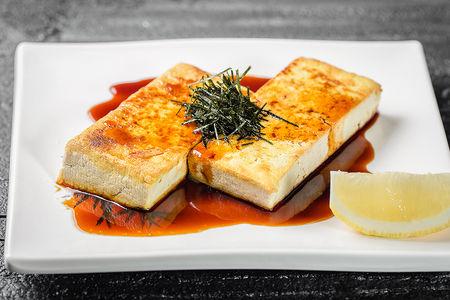 Жареный тофу с соусом терияки