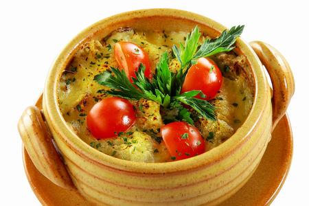 Морепродукты под сыром пармезан