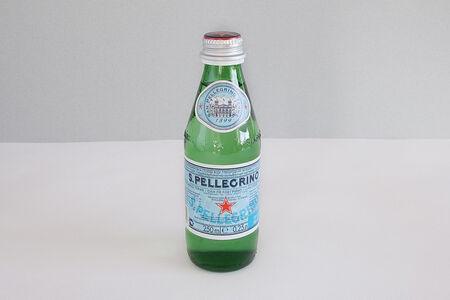 Вода S. Pellegrino
