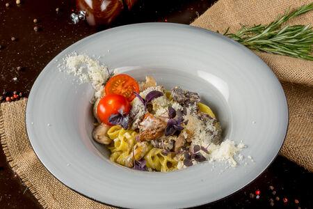 Паста с телятиной и грибами