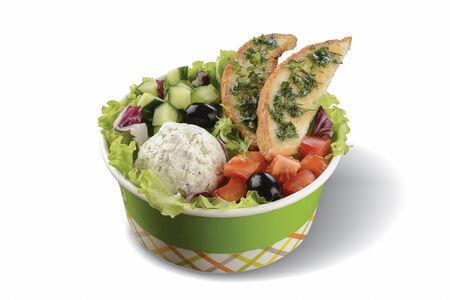 Салат с брынзой и свежими овощами