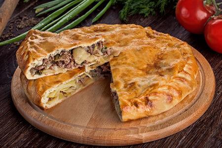 Дагестанский пирог с мясом и картофелем