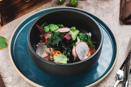 Поке с угрём и жареным рисом