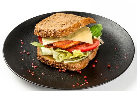 Сэндвичи с лососем-гриль