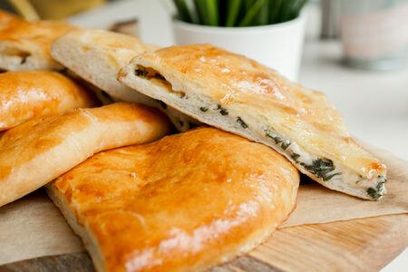 Пирог Осетинский с ботвой свеклы и сыром