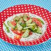 Фото к позиции меню Салат овощной с греческим йогуртом и травами