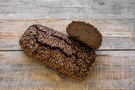 Хлеб Ржаной тёмный с подсолнечником