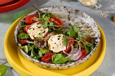 Салат с молодым сыром Фета