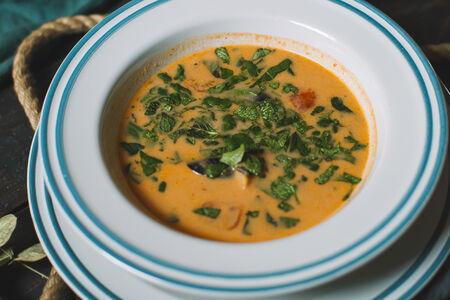 Суп Том-ям Тхале