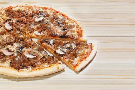 Итальянская пицца Кон карне