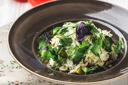 Салат с копченой макрелью