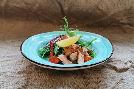 Салат с сёмгой горячего копчения