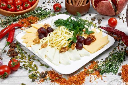Сырное ассорти