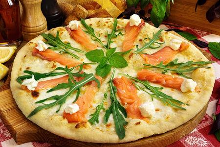 Пицца Густо солмоне