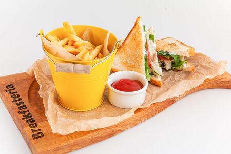 Супер клаб сэндвич