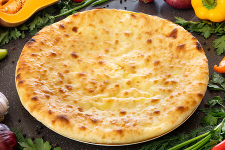 Осетинский пирог с капустой и осетинским сыром
