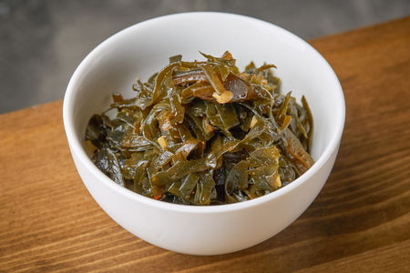 Салат из морской капусты Меги Ча