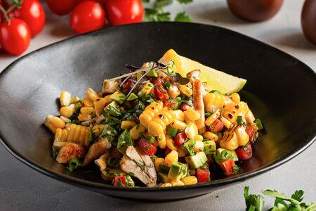 Салат с кукурузой и цыпленком