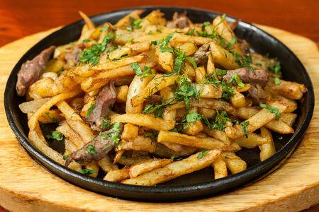 Жареный картофель с мясом