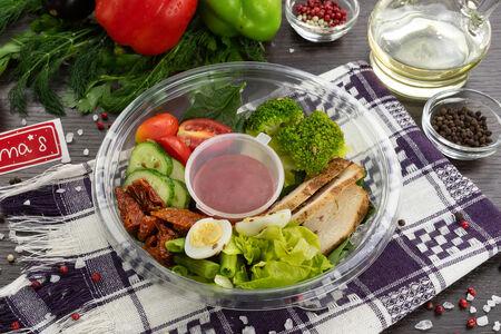 Микс-салат Болс с филе индейки