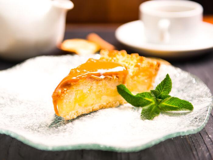 Карамельно-яблочный пирог