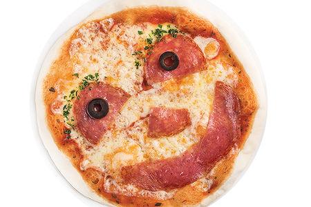 Мини- пицца с колбасками