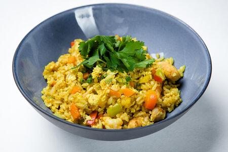 Рис по-сингапурски