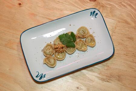 Равиоли со шпинатом и рикоттой