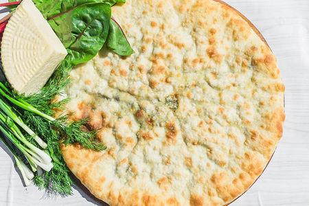 Осетинский пирог с сыром и свекольными листьями Дзахараджын
