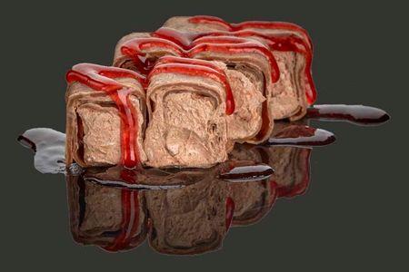 Шоколадно-ореховый ролл