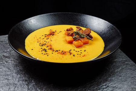 Тыквенный суп с лисичками